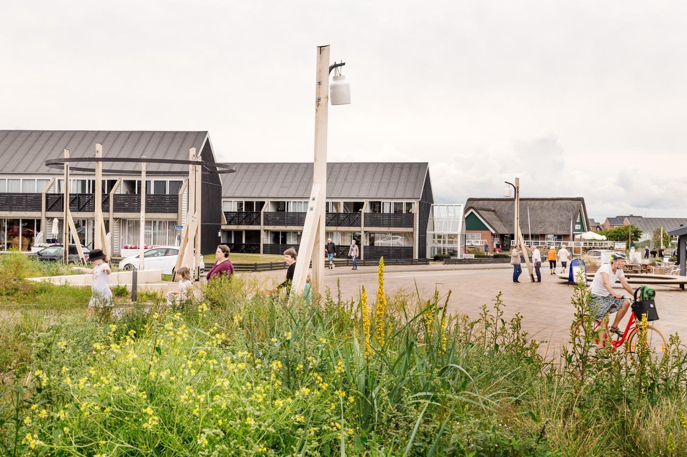 Fanø Bad offentlig plads teglbelægning borgere